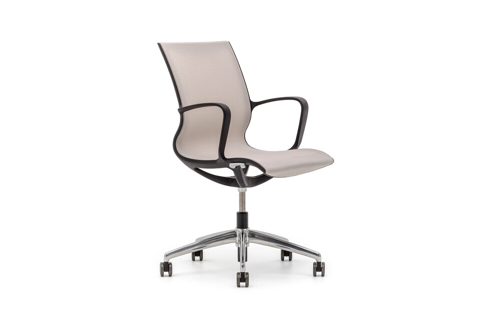 Gispen Turn conference chair with black base and armrests with black frame and beige seating front left view