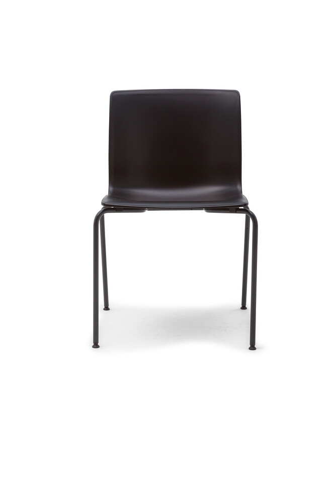 Gispen Nomi Classic chair with 891 antracite RAL 7021 frame and black shell front view