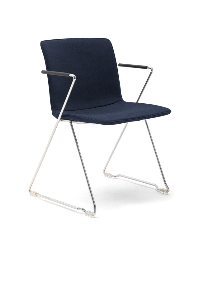 Gispen Nomi Project chair with chrome frame and armrests with Divina MD 743 cover front left view