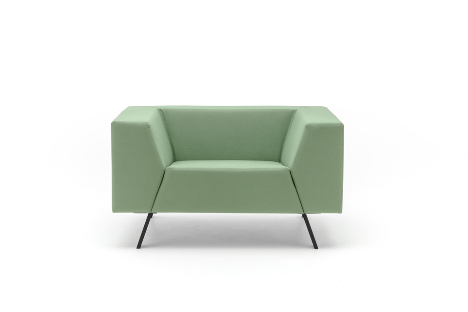Gispen Sett Low armchair in divina 856 green front view