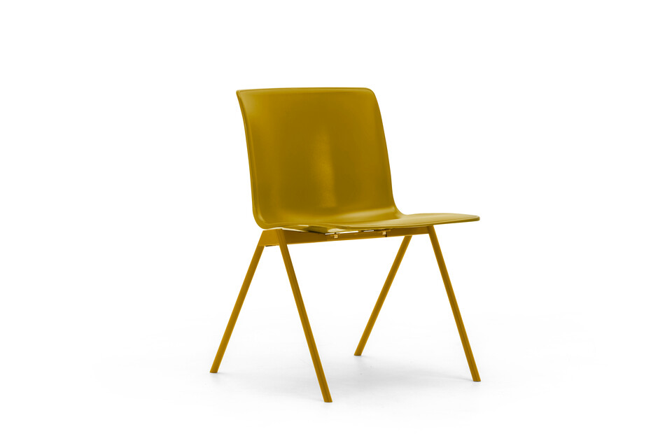 Gispen Nomi Design chair with 107 curry yellow RAL 1027 frame and curry yellow shell front left view