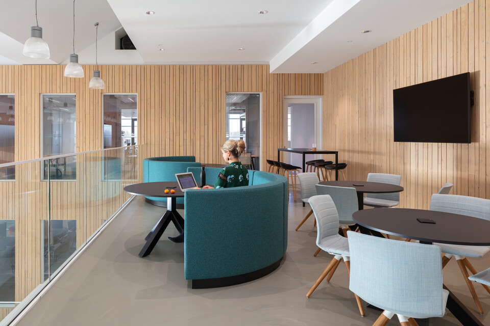Royal Ahrend office project Vandemoortele in Gent 12