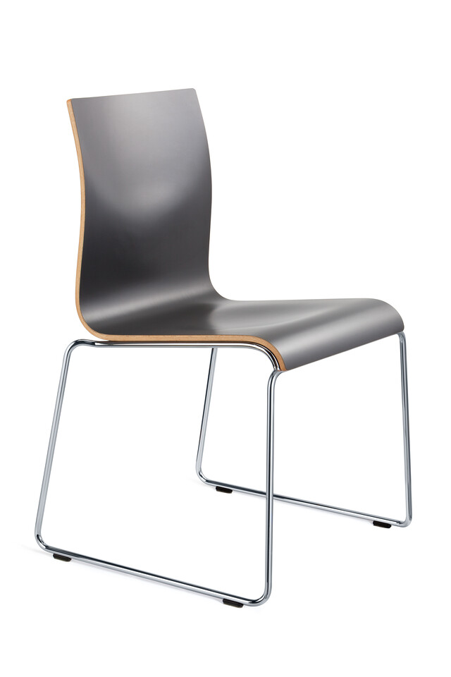 Royal Ahrend 370 wireframe chair with chrome legs and shell in black front left view