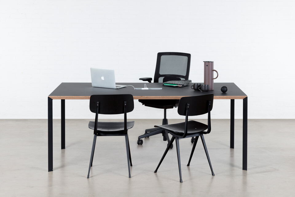 Royal Ahrend Delta table in black with black tabletop and black Result chairs with 2020 Verta office chair front view