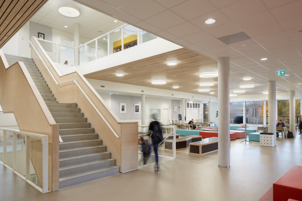 Royal Ahrend education project 2College Jozefmavo in Tilburg GVBF119
