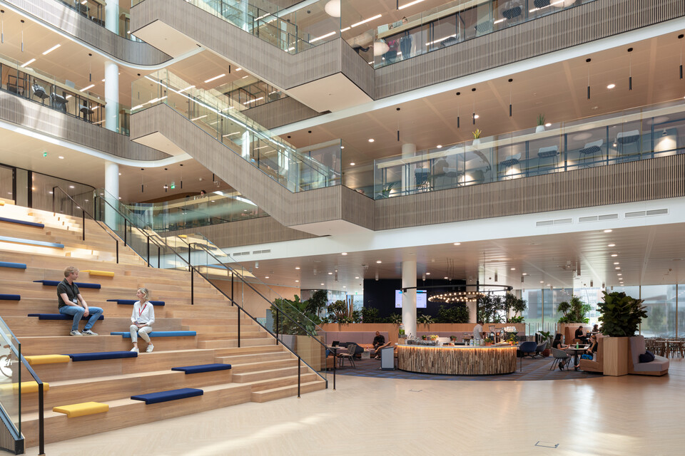 Royal Ahrend office project Danone in Hoofddorp 03