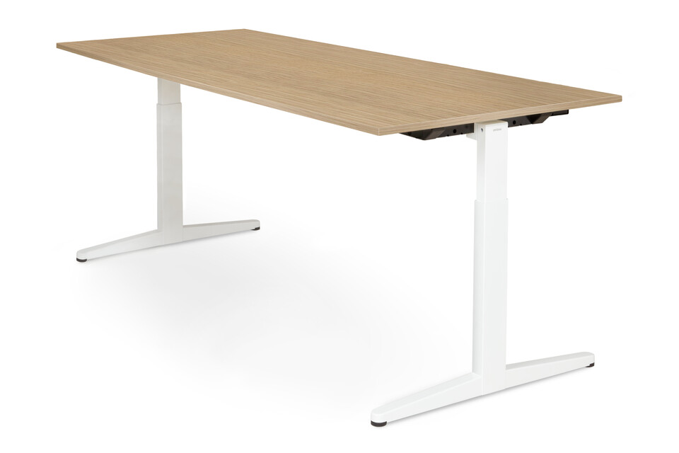 Royal Ahrend Balance workstation in white with oak worktop front right view
