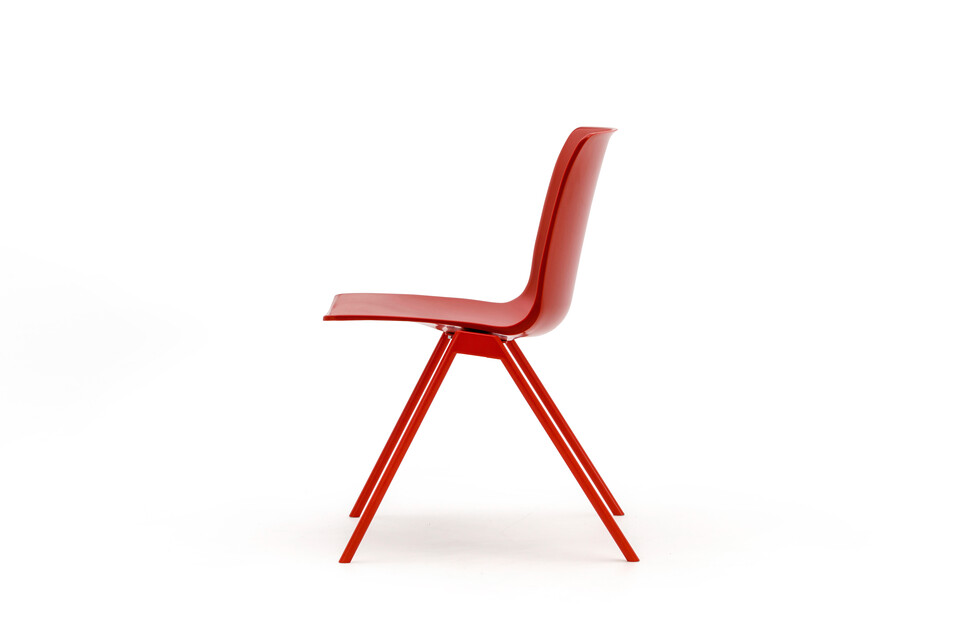 Gispen Nomi Design chair with 102 coral red RAL 3016 frame and coral red shell right side view