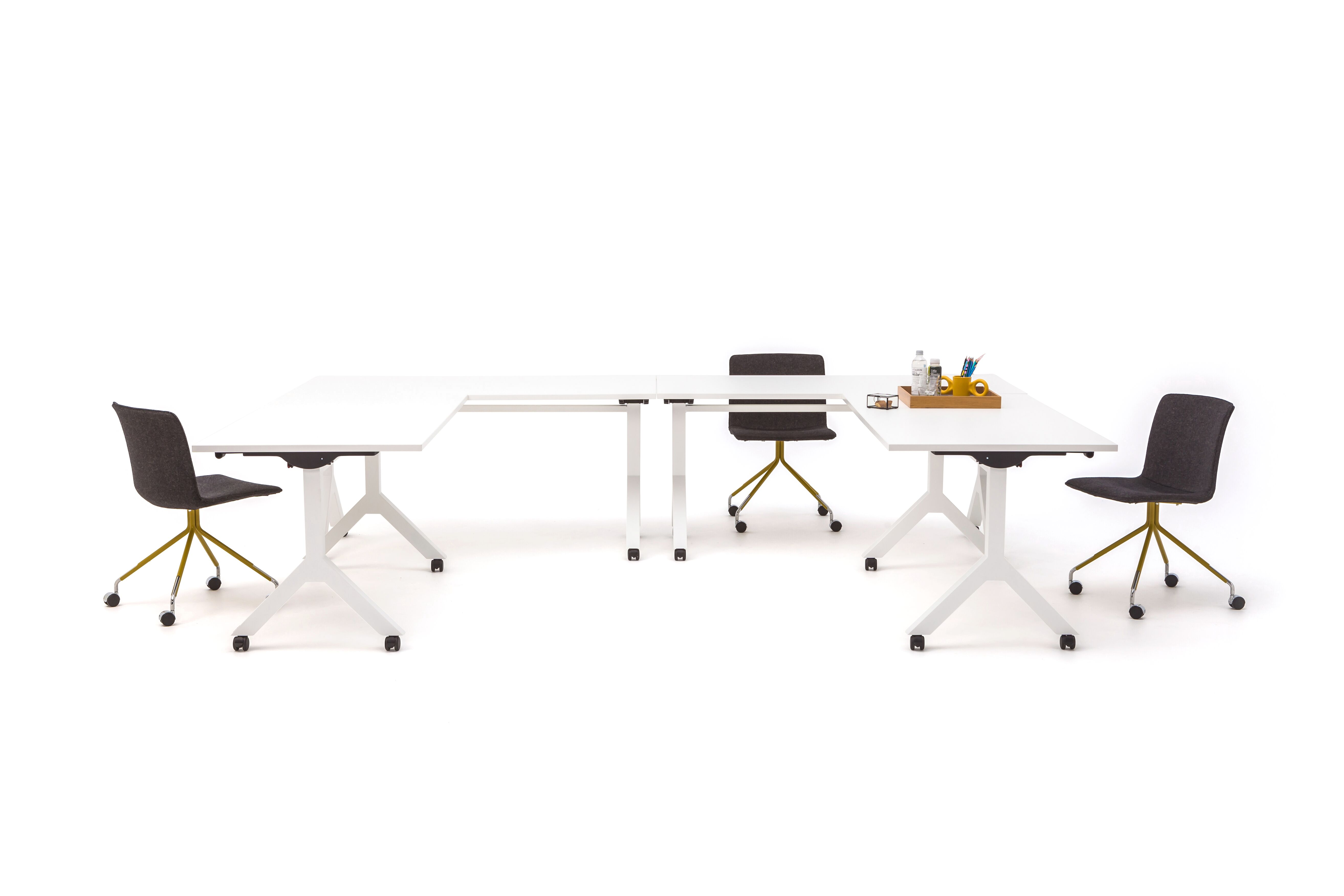 Gispen Dukdalf folding tables setup styled with nomi work and dombo