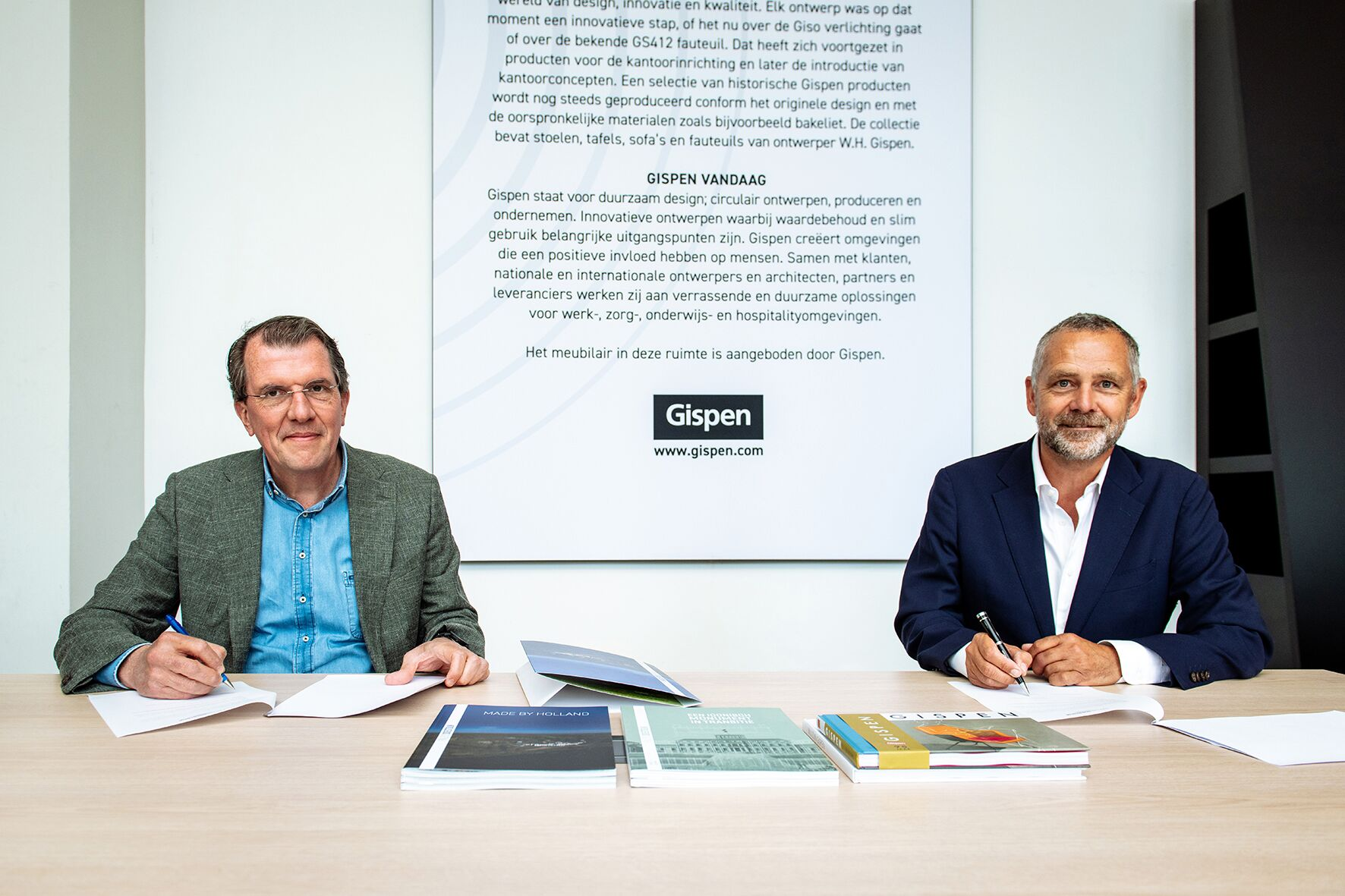 Gispen signing agreement with Made by Holland Paleis Soestdijk in Baarn 02