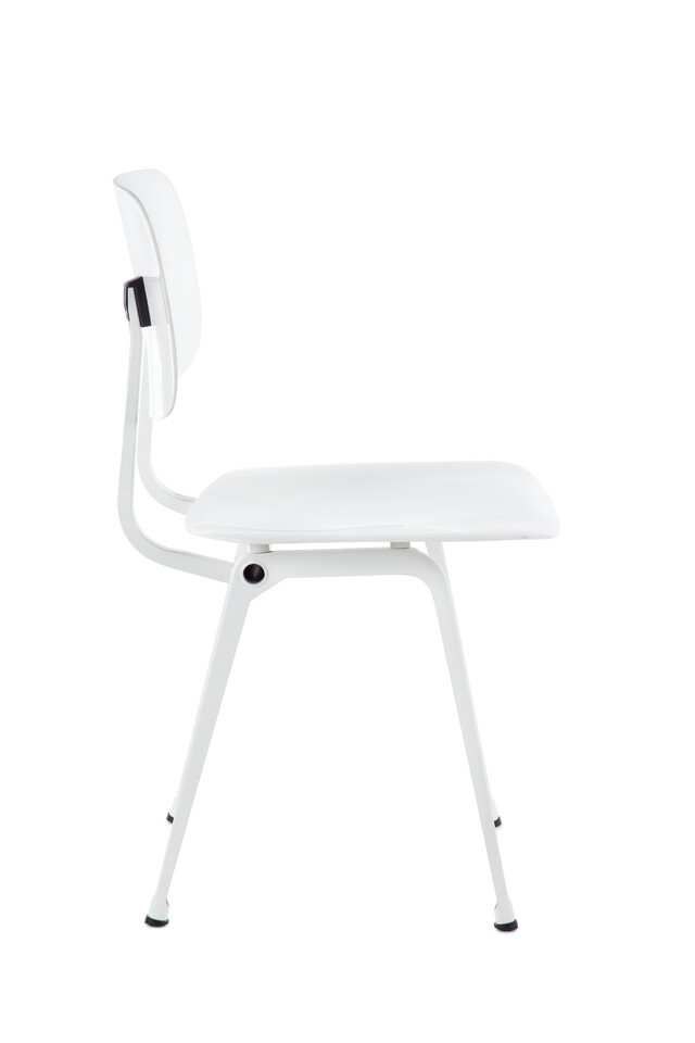 Royal Ahrend Revolt chair in white left side view