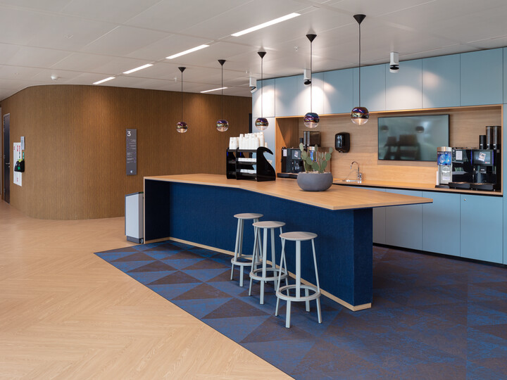 Royal Ahrend office project Danone in Hoofddorp 25