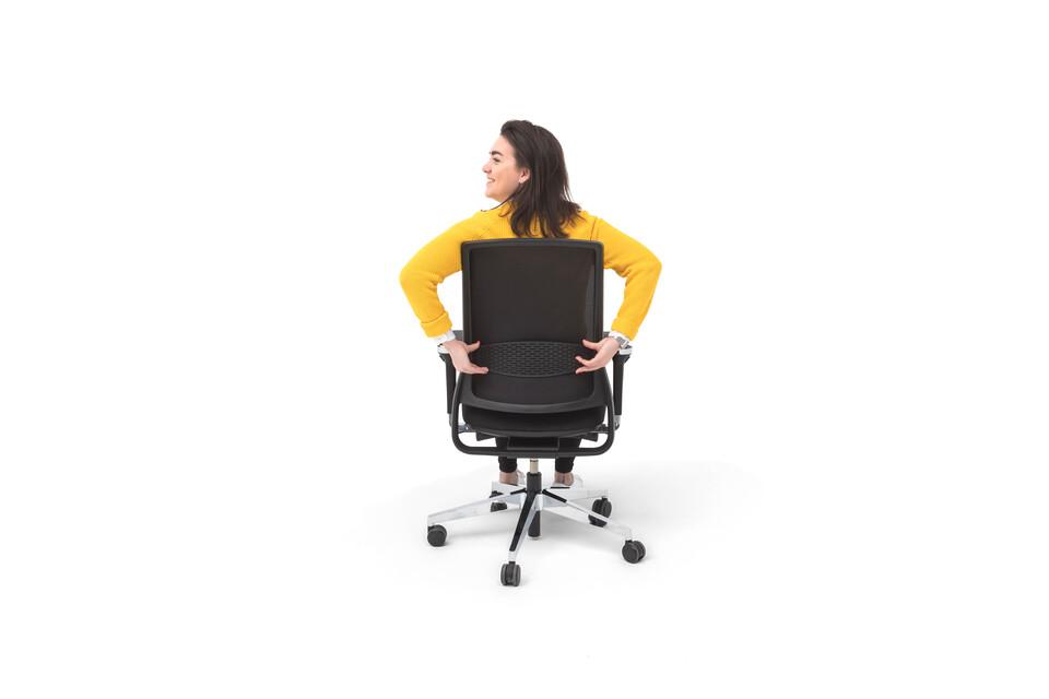 Gispen Zinn Office chair in black animation still 023 rear view