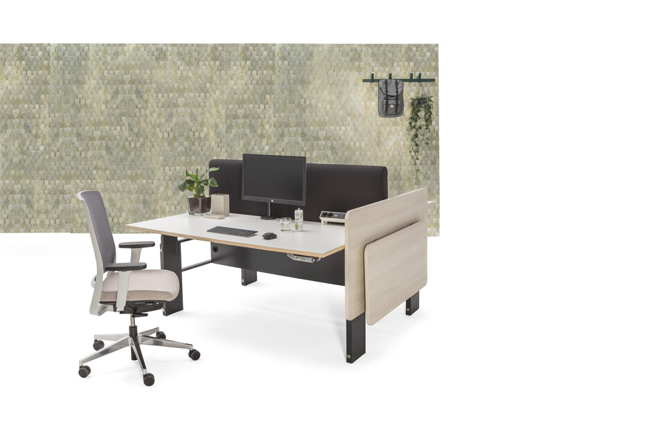 Gispen Cimo dual table with anthracite frame and beech light wooden cover right with folding table folded with grey Zinn office chair and green Lab3 patern backpanel front right view