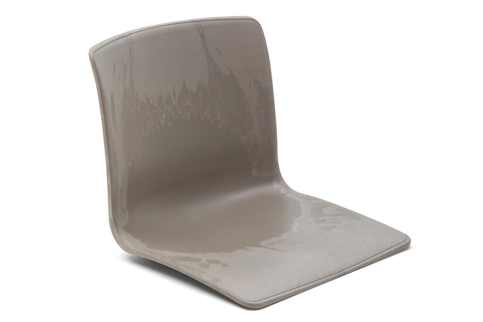 Gispen Nomi chair recycled shell front left view