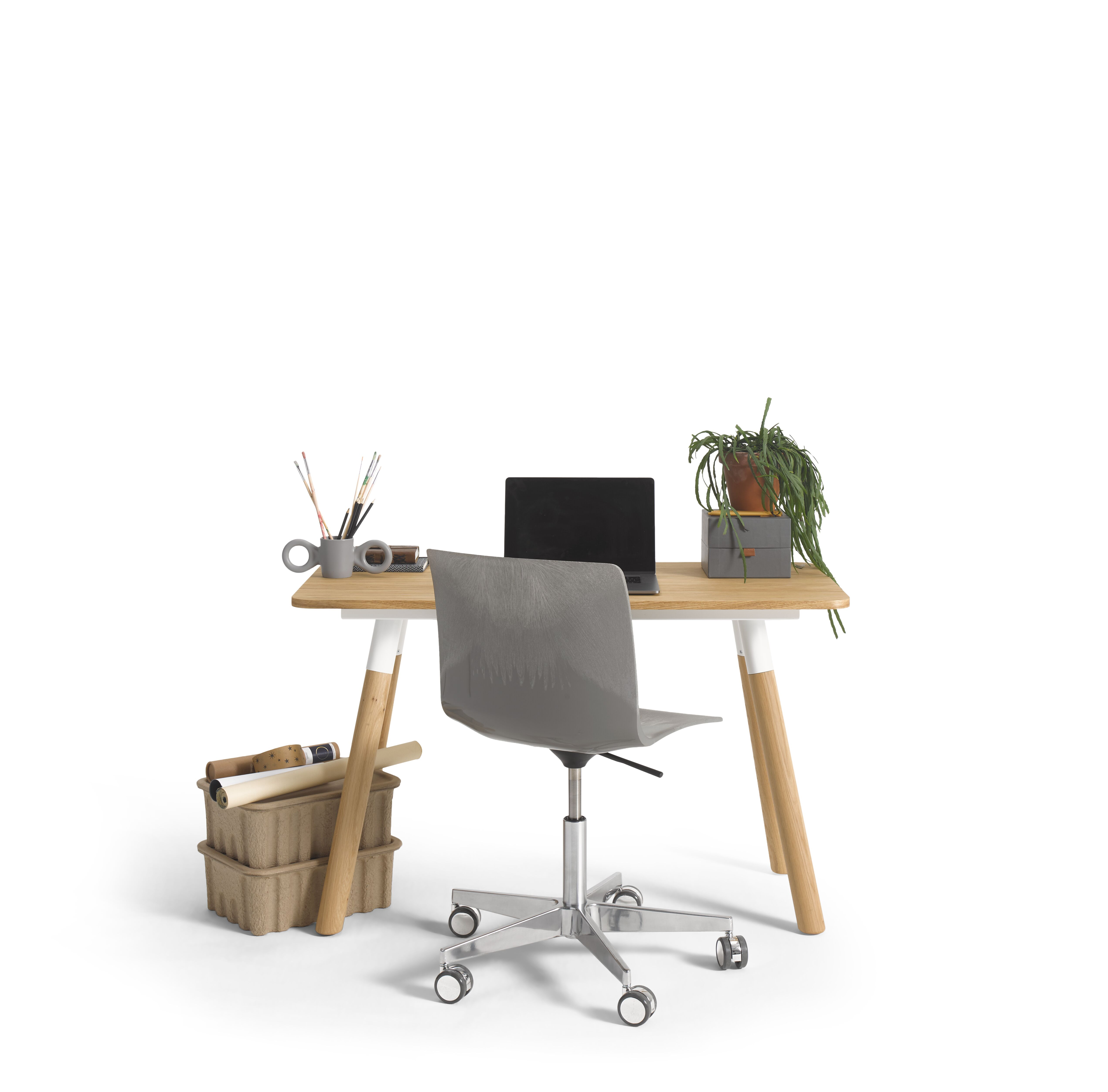 Gispen TEAM Wood round table with oak legs and tabletop and grey Nomi Work chair styled front view