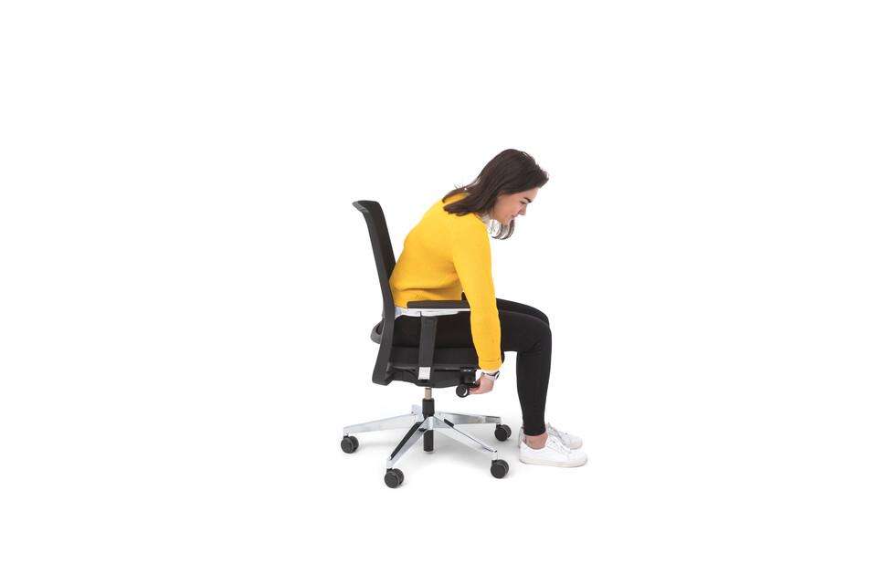 Gispen Zinn Office chair in black animation still 009 left side view