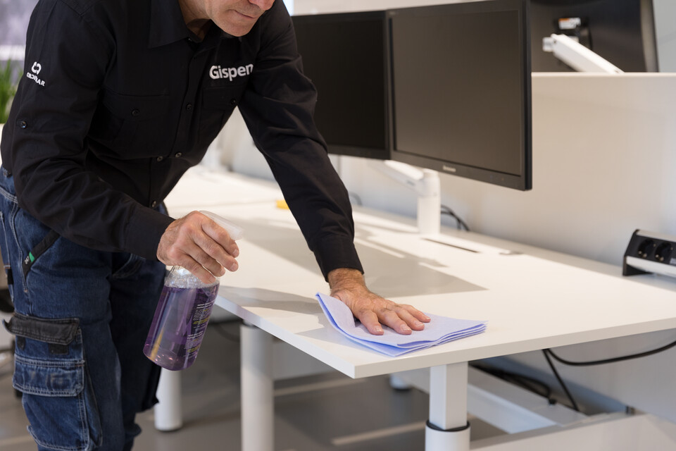 Gispen service Cleaning work environment 00A6905