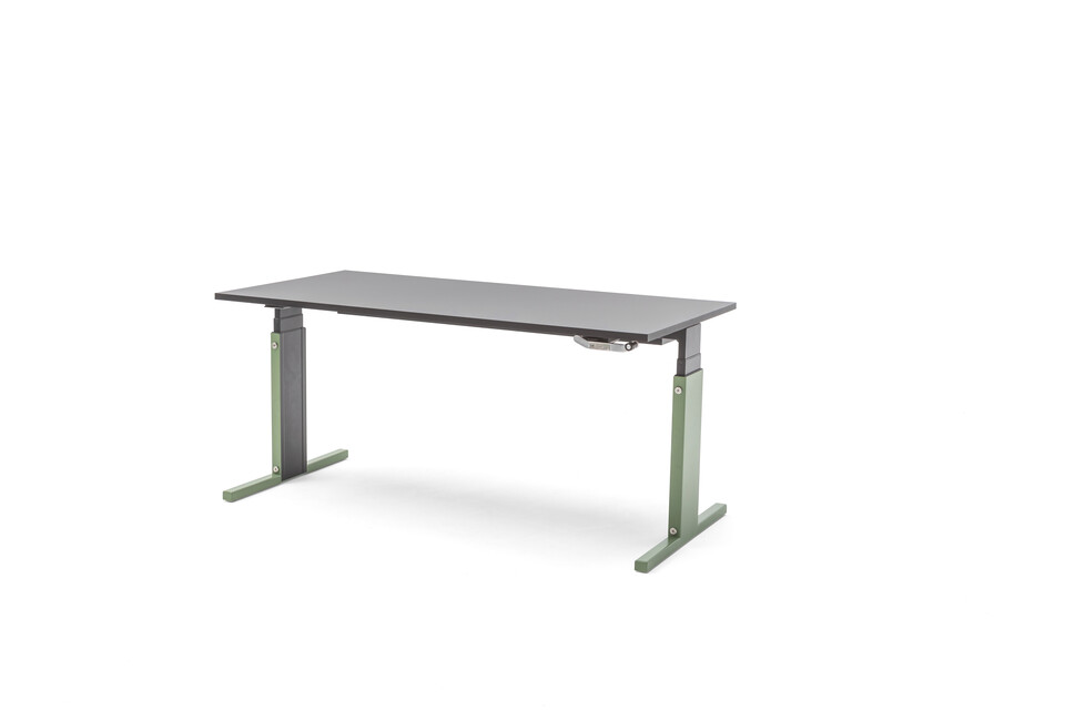 Gispen Cimo mono table with anthracite frame and green mono cover high with black chipboard tabletop front right view