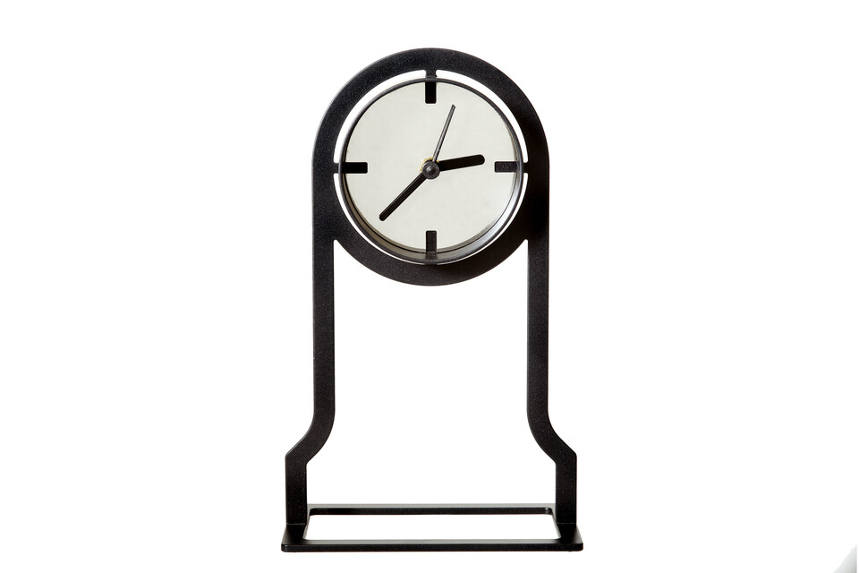 Gispen Outline clock high in black front view