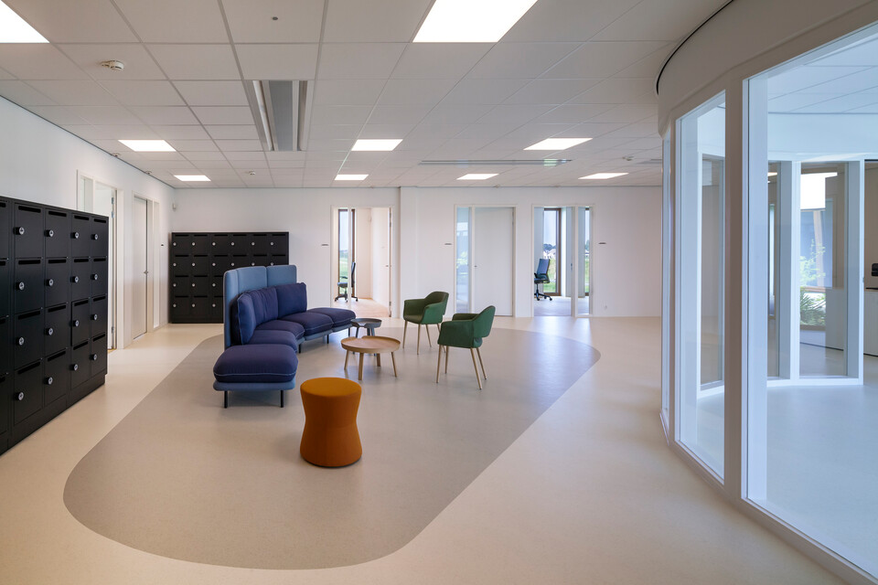 Royal Ahrend healthcare project interior view of Oogcentrum Noordholland in Heerhugowaard SB200617