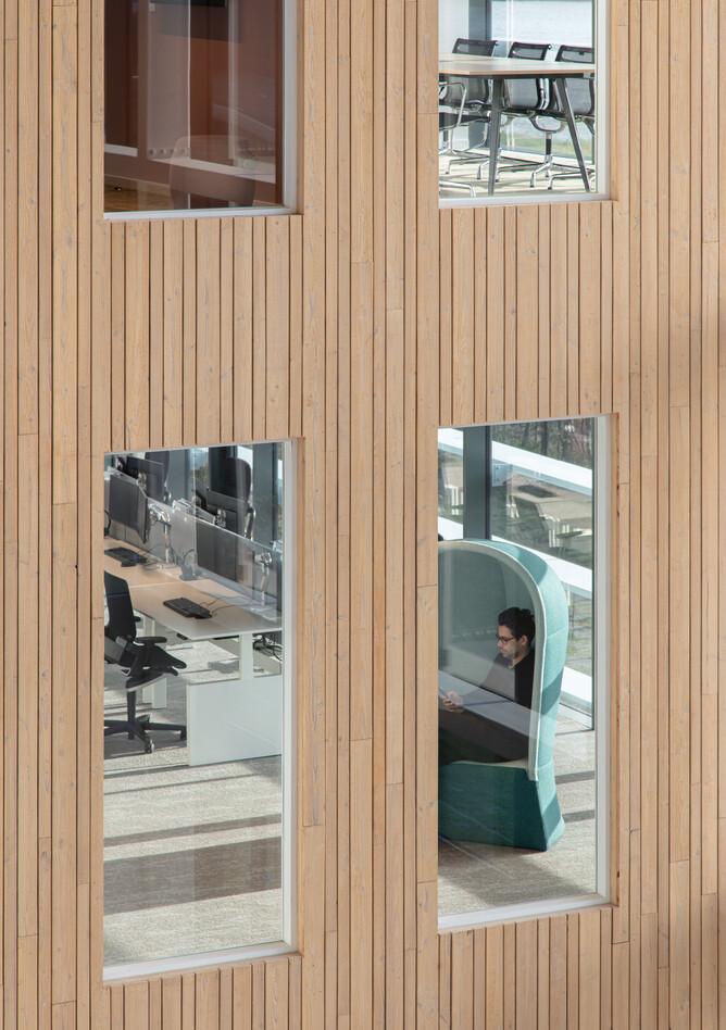 Royal Ahrend office project Vandemoortele in Gent 10