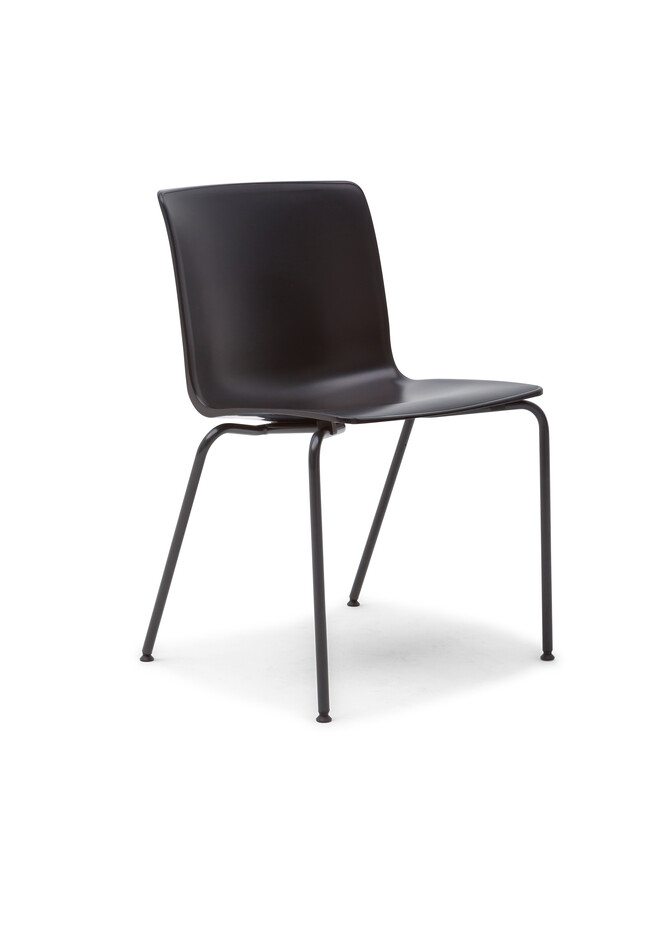 Gispen Nomi Classic chair with 891 antracite RAL 7021 frame and black shell front left view