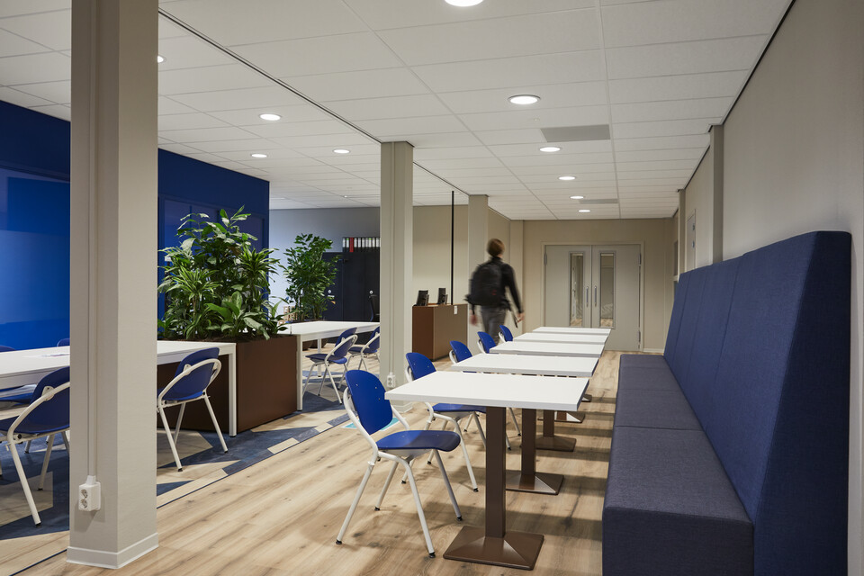 Gispen education project Rijn Ijssel in Wageningen 191205 0052