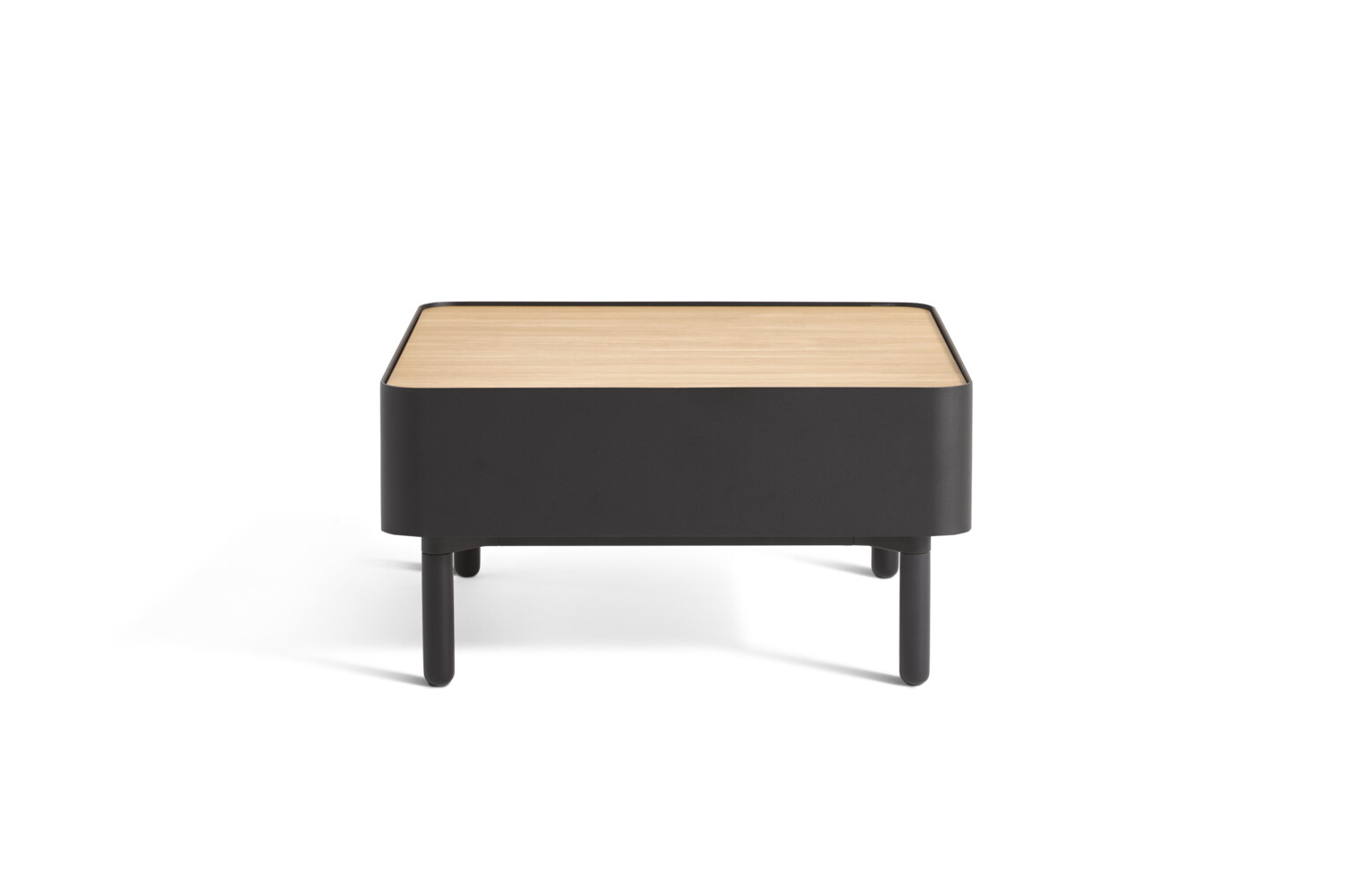 Gispen STEE coffee table with black frame and oak tabletop front view