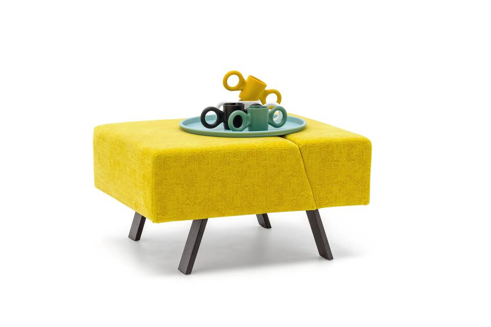 Gispen Sett pouf in matrix 452 with Asy tray and Dombo cup front leftview