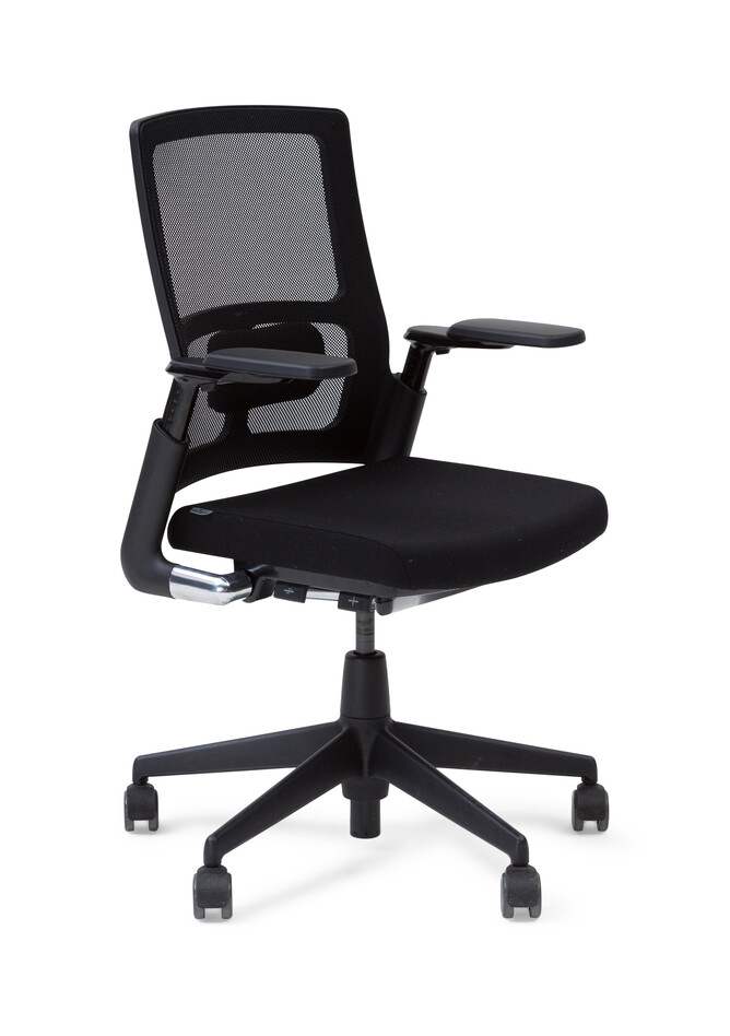 Royal Ahrend 2020 Verta office chair upholstered in black front left view